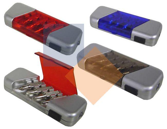 Kit ferramentas com lanterna